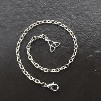 Pendulum Chain with Silver Triquetra