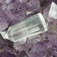 12 Sided Quartz Crystal Vogel Wand #17